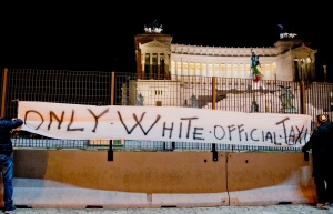 only_white_official_taxi_roma