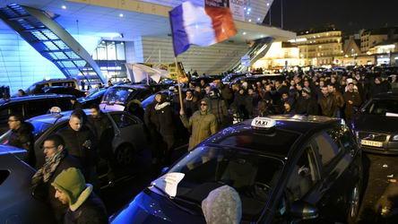 parigi_sciopero_taxi_giovedì_28-01-2015
