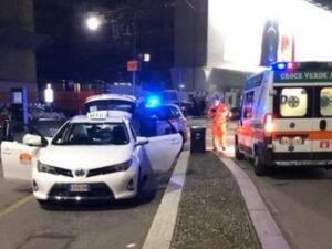 Milano, la corsa in taxi poi il parto sull'auto